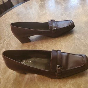 Anne Klein i Flex Brown Leather Loafers size 8